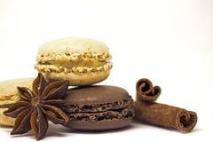 Macarons cannelle et anis de vanille et de chocolat Images libres de droits
