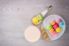 Macarons colorés doux Images libres de droits