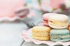 Macarons colorato pastello dolce Fotografia Stock
