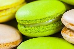 Macarons colorido Foto de archivo libre de regalías
