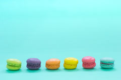Macarons coloridos Imagen de archivo libre de regalías