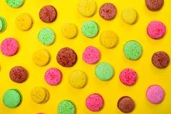 Macarons coloridos da pastelaria Fotos de Stock