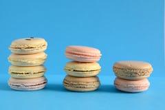 Macarons coloridos franceses Imagem de Stock Royalty Free