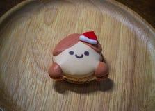 Macarons com as decorações bonitas do Natal durante o festival do Natal Fotografia de Stock