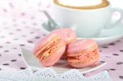 Macarons cor-de-rosa fotos de stock royalty free