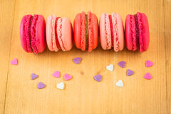 Macarons de fraise, de framboise et de rhubarbe Photographie stock