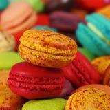 Macarons de pamplemousse et de cerise Images libres de droits