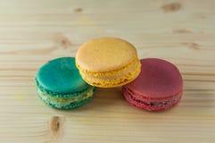 Macarons den franska läckra efterrätten Arkivbild