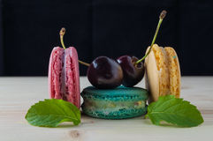 Macarons den franska läckra efterrätten Arkivfoto