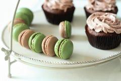Macarons do cacau de Matcha Fotografia de Stock