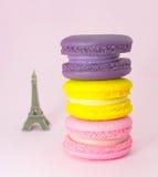 Macarons et Tour Eiffel Image stock