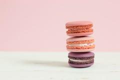 Macarons français doux et colorés Photographie stock