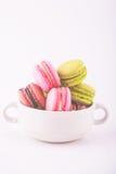 Macarons franceses coloridos fotos de archivo libres de regalías