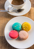 Macarons mais coloridos Fotografia de Stock Royalty Free