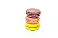 Macarons no fundo branco Fotos de Stock
