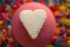 Macarons rosados y de la lila imagen de archivo