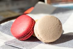 macarons rouges et blancs Photo libre de droits