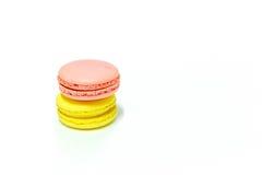 Macarons su fondo bianco Immagini Stock Libere da Diritti