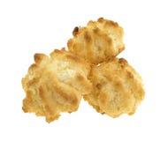 3 macaroons кокоса сахара свободных на белой предпосылке Стоковые Фотографии RF