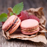 Macaroons with raspberries Royalty Free Stock Photography