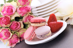 Macaroons and strawberry Royalty Free Stock Photos