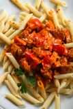 Macarrão com carne e pimenta Fotografia de Stock Royalty Free