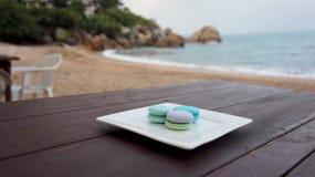 Macarrones coloridos en el restaurante de la playa imagen de archivo libre de regalías