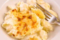 Macarrones con queso recientemente cocidos Foto de archivo libre de regalías