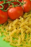 Macarrones de los tomates Foto de archivo libre de regalías