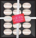 Macarrones en caja Foto de archivo libre de regalías