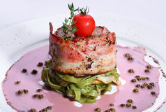 Macarronete com um bacon Imagens de Stock Royalty Free