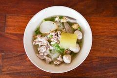 Macarronete da carne de porco tailandês imagem de stock
