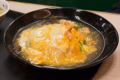 Macarronete da sopa com carne e vegetais Fotos de Stock