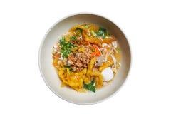 Macarronete picante tailandês com cobertura da mistura Imagens de Stock