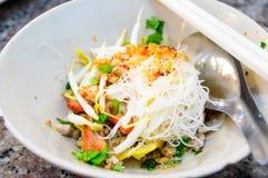 Macarronete seco da culinária deliciosa, estilo tailandês. Imagens de Stock
