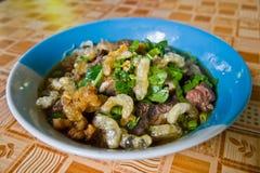 Macarronete tailandês, carne tailandesa do macarronete O macarronete tailandês dilui a linha Imagens de Stock Royalty Free