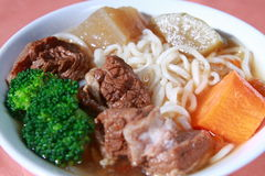 Macarronetes chineses da carne Fotos de Stock Royalty Free