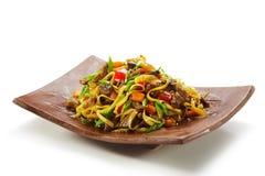Macarronetes com carne e vegetais Fotos de Stock