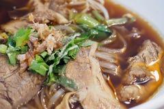 Macarronetes com carne Stew Soup imagens de stock