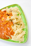 Macarronetes cozinhados com molho bolonhês Imagem de Stock Royalty Free