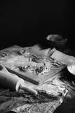 macarronetes crus Casa-feitos imagens de stock royalty free