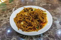 Macarronetes fritados chineses foto de stock