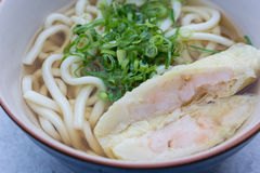 Macarronetes japoneses com sopa Imagem de Stock