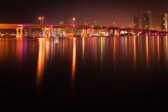 MacArthur Causeway Bridge at night Royalty Free Stock Photos