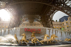 MACAU - 29 DE OUTUBRO: O recurso parisiense do hotel de Macau em Macau em 29 O fotos de stock