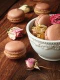 Maccheroni del cioccolato con la cagliata di limone Immagini Stock