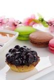 Maccheroni e dolce della ciliegia Immagini Stock Libere da Diritti