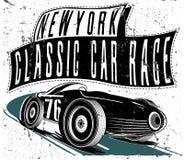 Macchina da corsa d'annata per stampare Manifesto della corsa della vecchia scuola di vettore Retr royalty illustrazione gratis