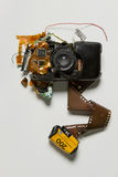 Macchina da presa obsoleta rotta Immagini Stock Libere da Diritti