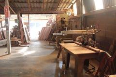 Macchina da usare alla fabbrica di legno di fabbricazione del mulino fotografie stock